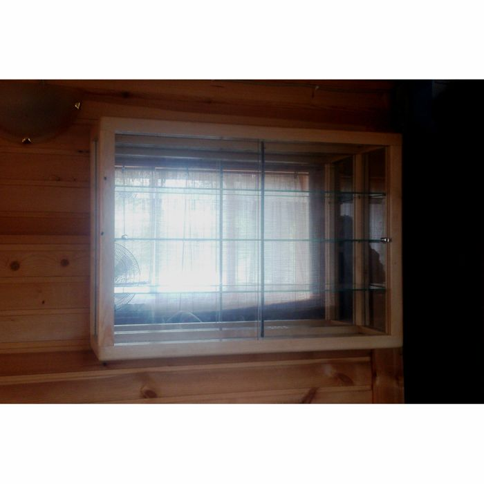 Стеклянная витрина