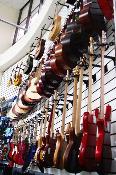 Подвесы для гитар